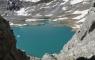 Lac glacé depuis la brèche de Tuquerouye